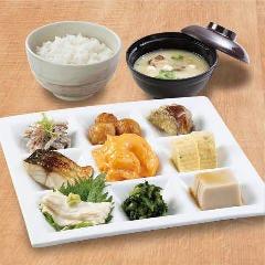 ごはんカフェ百菜 旬 アミュプラザ長崎店