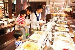 シャトレーゼ ガトーキングダム サッポロ 中国レストラン香満楼