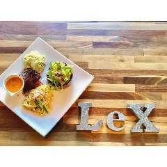 LeX カフェ フレンチバル 昭和町の画像