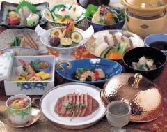 月光園 鴻朧館 日本料理 弓張月