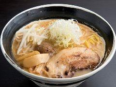 ラーメン 餃子 二代目響 栄店