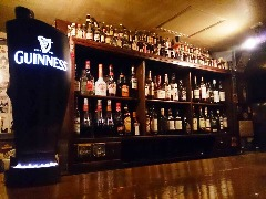 IRISH PUB HALF PENNY 博多口店