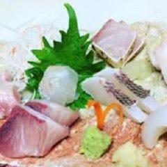 魚彩 鶴巳