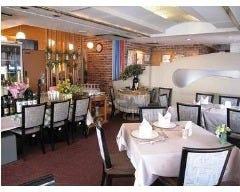 レストラン パリの朝市