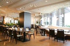 レストラン シーズン の画像