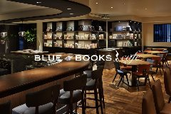 BULE BOOKS cafe OSAKA