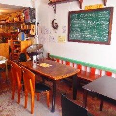 ウクレレ食堂