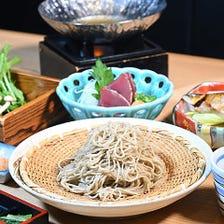 繊細かつ彩り豊かな日本料理に舌鼓