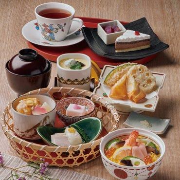 冬のなでしこ弁当 小菓子&ドリンク付 1590円 (税抜)