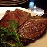 『Big 骨付き牛サーロインステーキ(一皿約400g)』