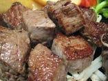 熟成赤身肉サイコロステーキ