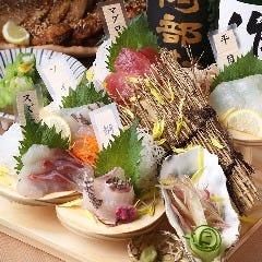 魚と炉ばた 呑み処 左藤総本店