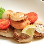 ホタテ貝のうま味とバターしゅう油が最高です!(^^)!