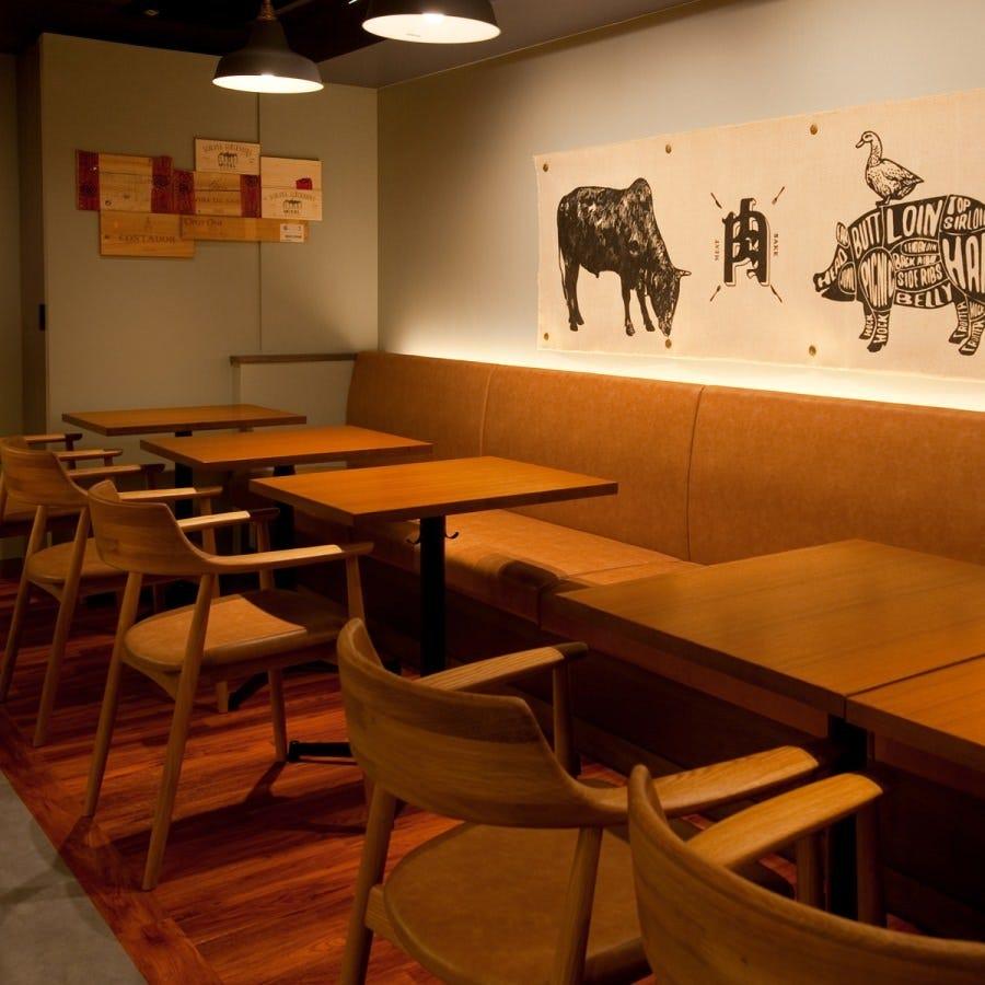 雰囲気ぴったりの空間で自慢の名物料理を存分にご堪能ください♪