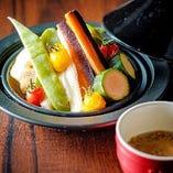 <温製>彩り野菜のバーニャカウダー