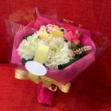 <オプション>花束をご用意します♪ 記念日、お誕生日などのお祝いに・・・
