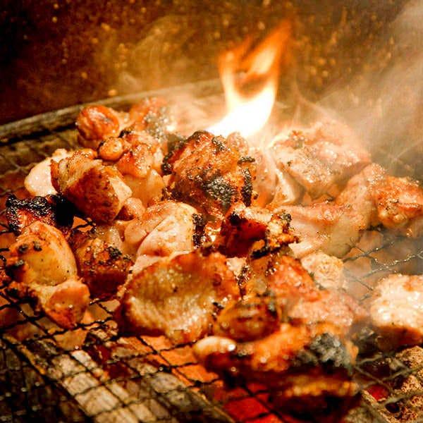 備長炭で味わう大山地鶏