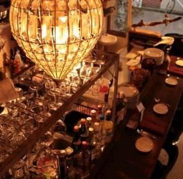 オイスターバー MABUI 並木  店内の画像