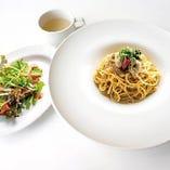 牡蠣とカニ味噌のペペロンチーノパスタ