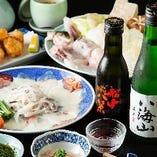 メインのふぐちりを日本酒とともにどうぞ