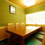 ゆったりと寛げるテーブル席個室(5~6名様)