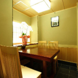 少人数での会食に…テーブル席個室(2~4名様)