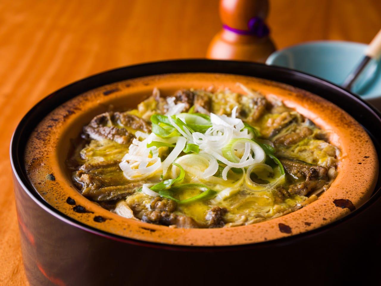 栄養価の高いどぜうの柳川鍋(写真は開き)お勧めです!