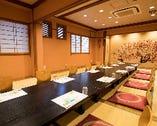 2階宴会場は小宴会~大宴会まで最大50名まで収容可能です。