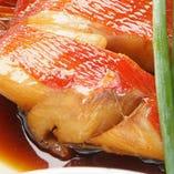 【下田の日戻り】 トロ地金目鯛の煮付け