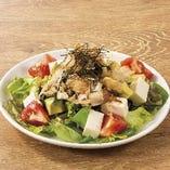 豆冨とアボカドのサラダ