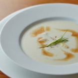 フランス産ホワイトアスパラガスのスープ ジョゼリットハム