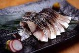 肉厚〆鯖炙り