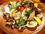 魚介とまるごとトマトのアラビアータ風煮込み