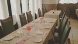 団体様での ご予約も多くいただきます。ちょっとしたお集まりなど ご相談いただければ お食事をご一緒にお楽しみいただける、テーブルをお作り致しますのでご遠慮なくお問い合わせくださいませ(*^▽^*)