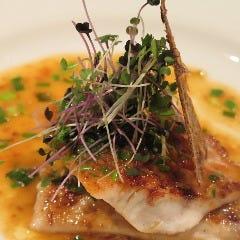 沖縄近海魚の鉄板焼き(日替わりソース)