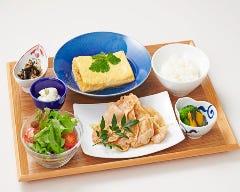 職人の手作り出汁巻き玉子と豚肉のハチミツ生姜焼き弁当