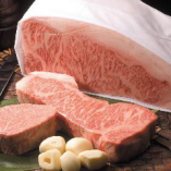 全国から仕入れたA5ランクのお肉を使用