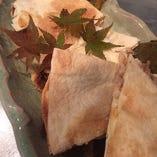豚バラ肉とチーズのトルティーヤサンド