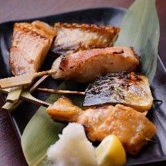 (3)お魚 干物の炭火焼 五種盛り合わせ