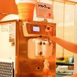 楽しい♪自分で作るソフトクリームはお子様に人気!