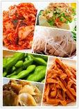 メンマ/キムチ/冷奴/ザーサイ/ネギ鶏/枝豆