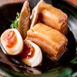 【沖縄料理】 当店自慢のじっくり煮込んだラフテー!!