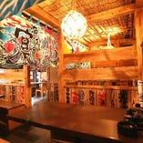 店内は漁場のような雰囲気♪個室風のテーブル席が落ち着きます。