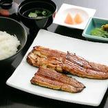 厚みある身と程よいサシが天然にも引けをとらない養殖鰻坂東太郎