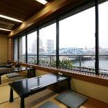 きらきらと輝く隅田川の水面と東京スカイツリーの雄姿をご覧頂けます。