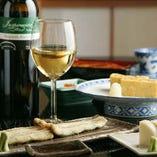 奥深い香りとコクが豊かなワインとのマリアージュもまた美味。
