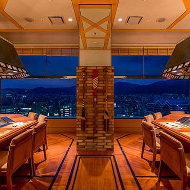 神戸の景色をホテル最上階より