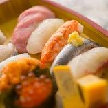 店主がにぎる絶品寿司は、ぜひ日本酒とご一緒にお楽しみください