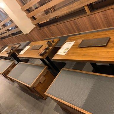 串焼き、野菜巻き専門店 九四八 成田店 店内の画像