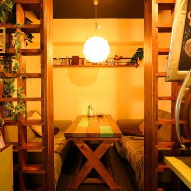 cafe bar WIRED 塚口店 店内の画像